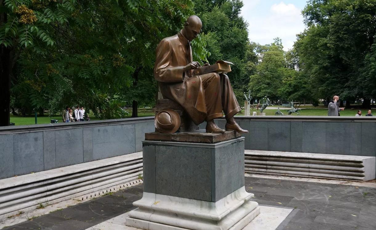 La statua di Montanelli, rimuovere o conservare?
